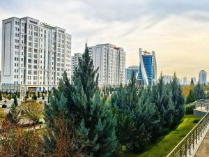 The wind and the rain: weekly weather forecast in Ashgabat