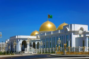 The President of Turkmenistan allowed concluding contracts for the construction of the new administrative center of Akhal